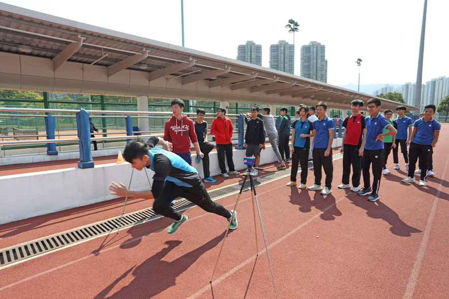 <p>The HKSI&nbsp;arranged guided tours and fitness tests for teachers and students of the Elite Athlete-friendly School Network, the Partnership School Programme and the collaborating schools of HKSI&rsquo;s partners.</p>