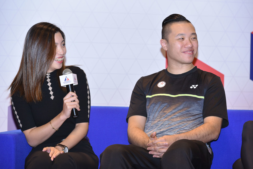 "<p>In the ""Meet the Athletes"" session, Wan Ka-kai (Billiard Sports) (left) and Chan Ho-yuen (Sports for Athletes with Disabilities) (right) shared their life as an elite athlete with participants.</p>"