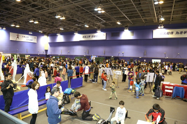 The HKSI hosted the Public Open Day on 19 February, which offered a chance for the public to meet local elite athletes in person, and to know more about their daily lives and the elite training system in Hong Kong.